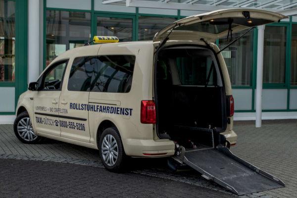 taxi-duetsch-Rollstuhlfahrzeug